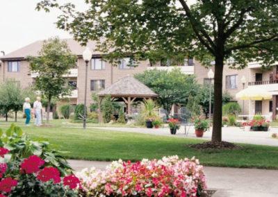 Senior Living Checklist: Preparing For Your Senior Communities Tour