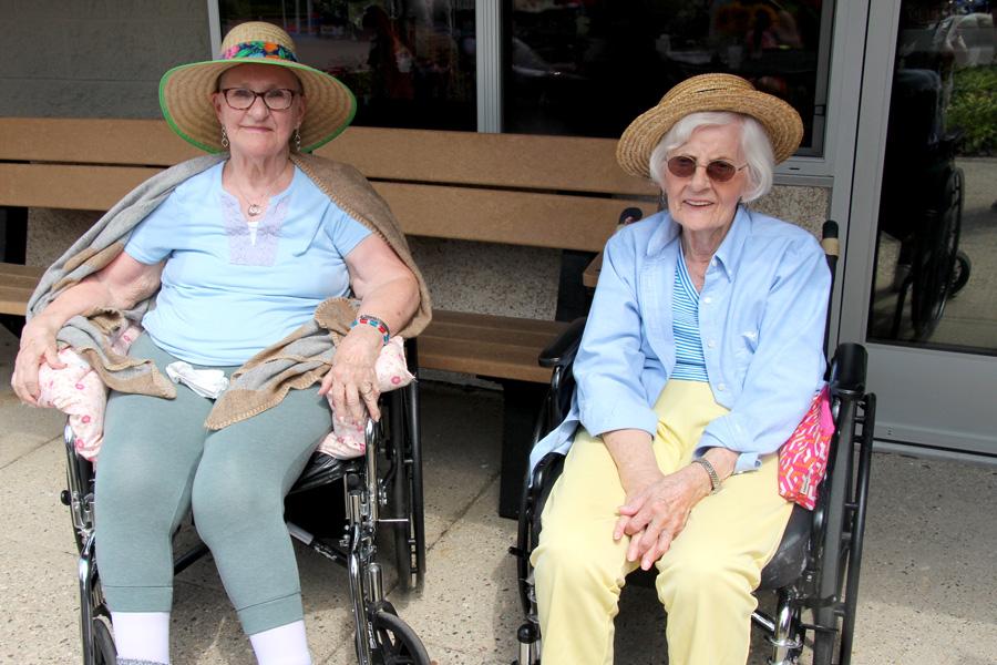 brookcrest-ladies-sitting-in-the-sun