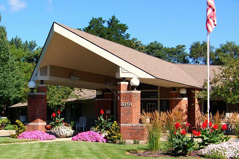 Rose-Garden-front-entrance