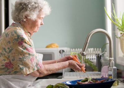 Video: Independent vs Assisted Living